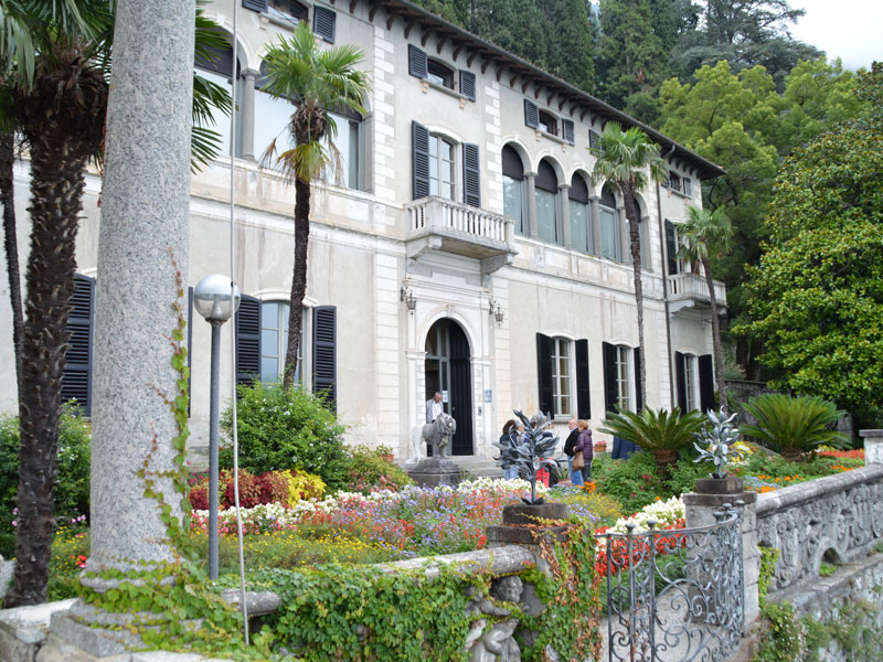 The entrance of Villa Monastero