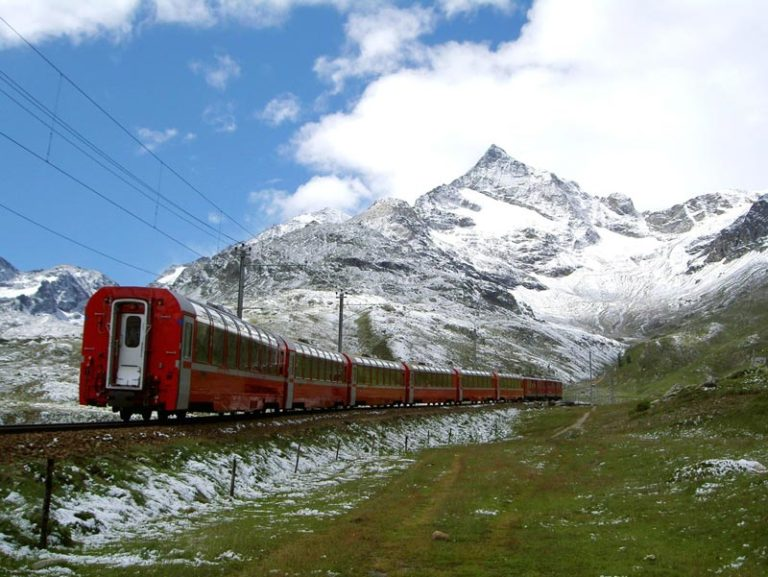 Lake Como, St. Moritz and Bernina Express Day Trip