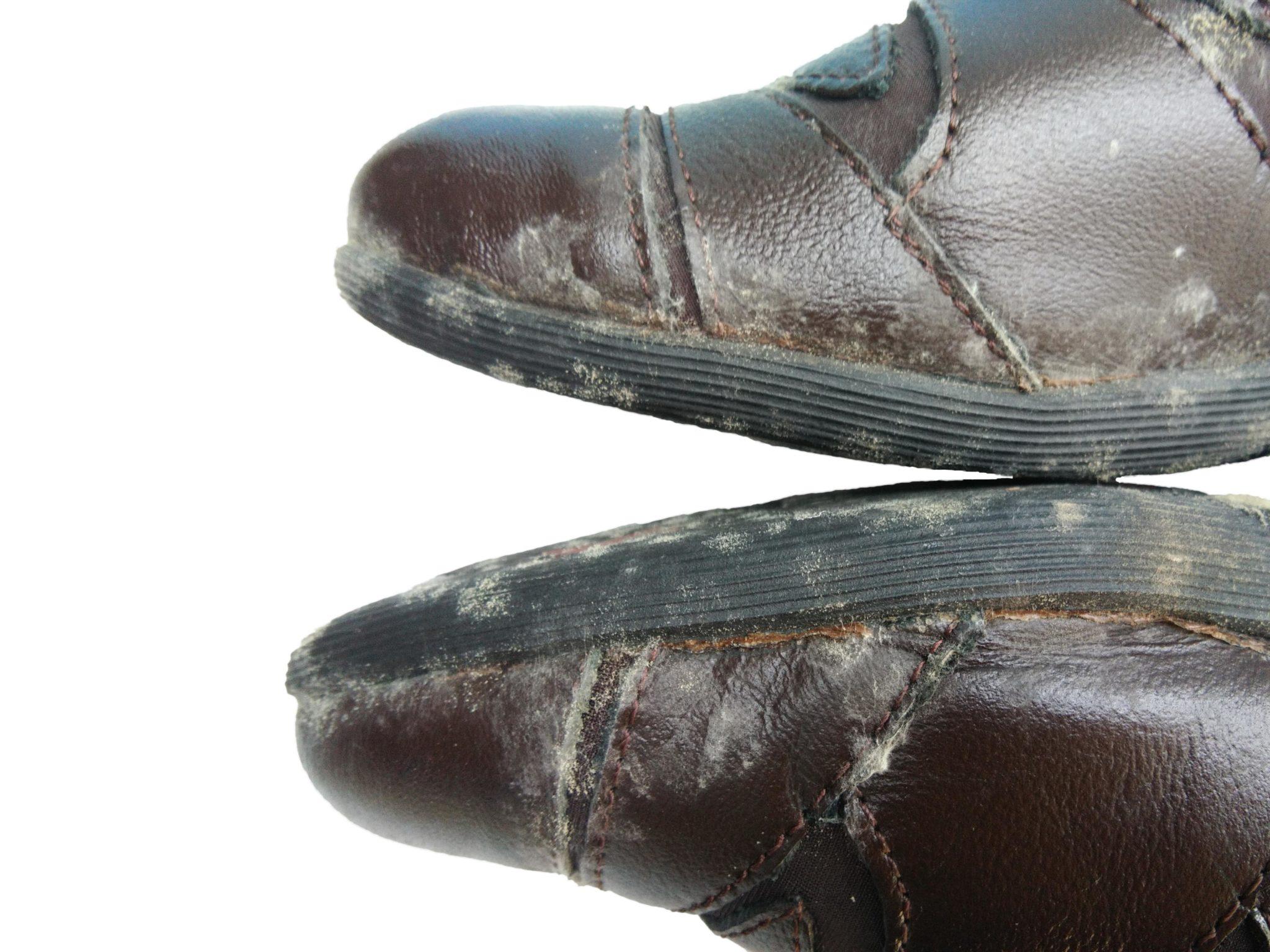 ti auguro il meglio equipaggio Nucleare  Come togliere la muffa dalle scarpe - murprotec.it