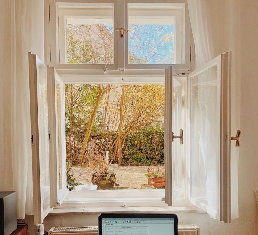 finestra aperta per ricircolo aria