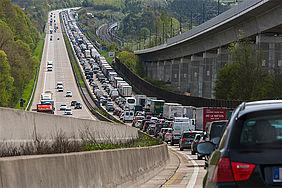 Verkehr staut sich