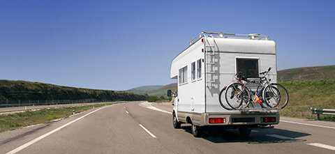 Campingwagen auf am fahren