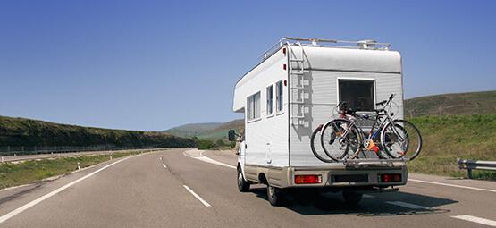 Campingwagen am fahren