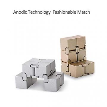 Giocattolo Fidget Infinite Cube in lega di alluminio, Gadget da dito rotante Pocket Cube per bambini e adulti Sollievo anti-stress e ansia, ottimo per Viaggi, Casa e ufficio, Multicolore - 4