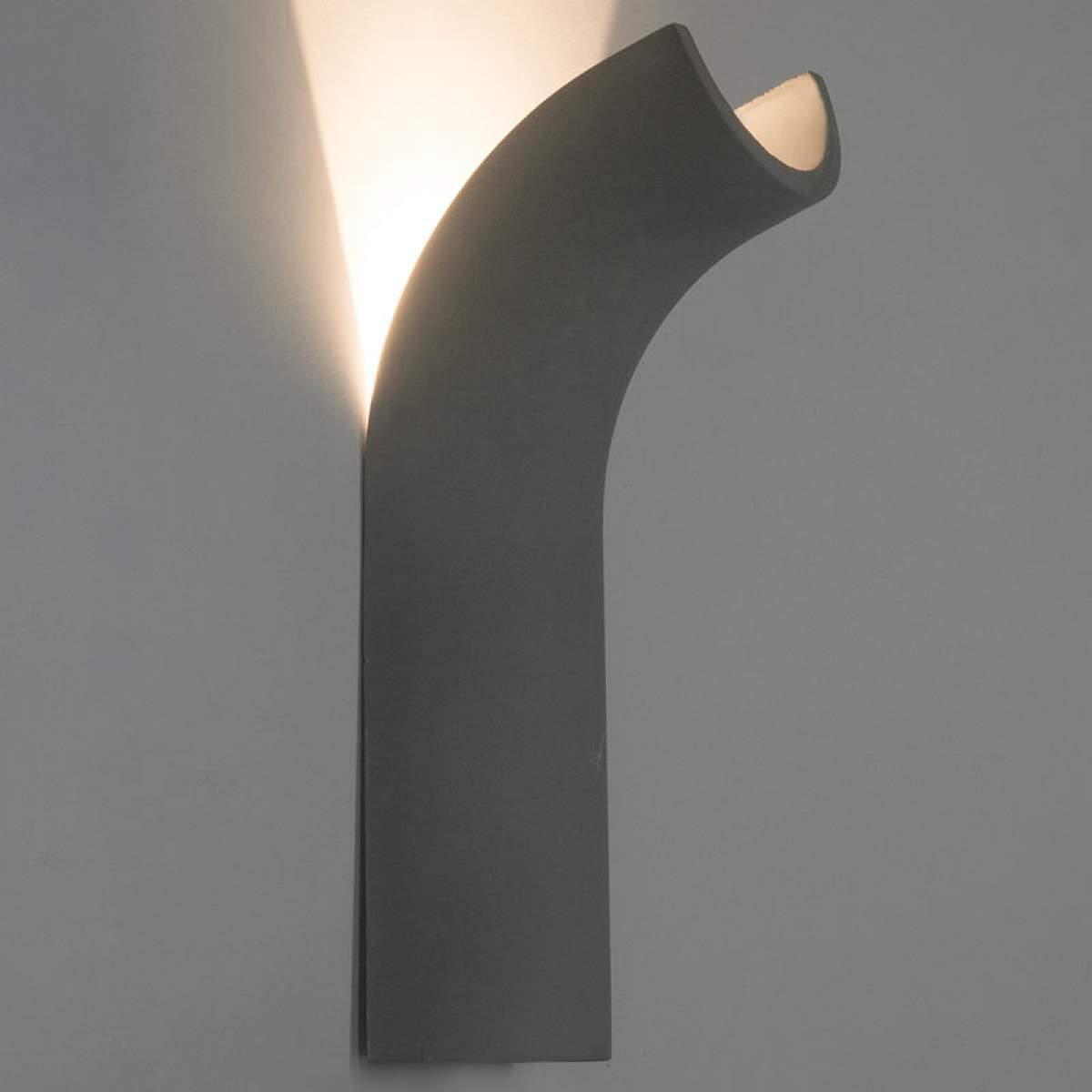 Applique a LED Timo, forma flessa, effetto cemento Illuminazione per interni