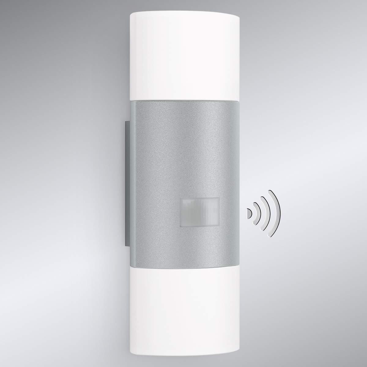 Applique LED up-down L910 argento con sensore Illuminazione per interni