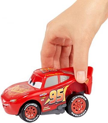 Disney Pixar Cars 3 Saetta McQueen Premi e Sfreccia Veicolo, DVD32 - 7