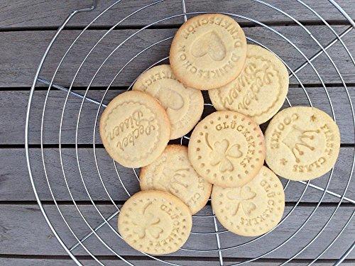 4 stampini a timbro per biscotti della fortuna , biscotti da accompagnare al cappuccino, biscotti pasquali, 4 diversi design + ricetta per realizzare perfettamente i biscotti - 1