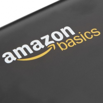 AmazonBasics - Distruggidocumenti 5-6 fogli, taglio incrociato, con funzione distruggi carte di credito e cestino estraibile - 2