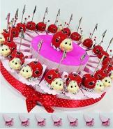 Sindy Bomboniere bomboniere coccinella clip portafoto su torta portaconfetti confetti rosa- Torta 20 fette + 20 coccinelle memoclip + coccinella cenrale + confetti rosa cioccolato APR - 1