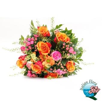 Bouquet di Roselline arancio e fiorellini misti - Consegna in Italia.