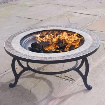 Trueshopping - Tavolino rotondo da giardino con braciere integrato Beacon Star, con griglia per barbecue, rete di protezione e copertura anti-intemperie, diametro 76,2 cm - 3