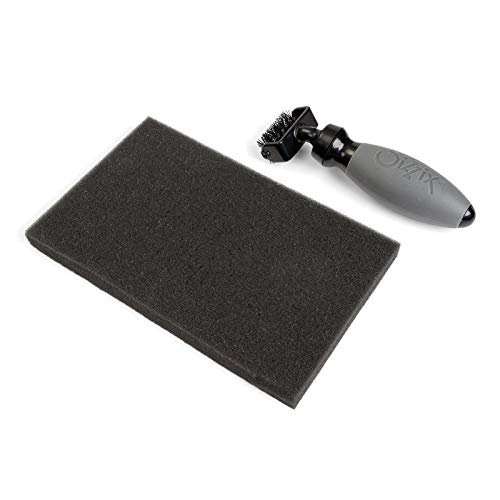 Sizzix 660513 Brush & Foam Pad per Fustelle Wafer-Thin, Acciaio Inossidabile, Bianco, 11.4 x 17.8 x 3.8 cm - 1