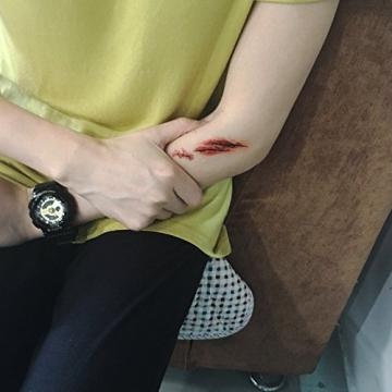 10 fogli I tatuaggi temporanei - Halloween Zombie Scars tatuaggi adesivi con falsi Scab sangue costume speciale puntelli di trucco - 7