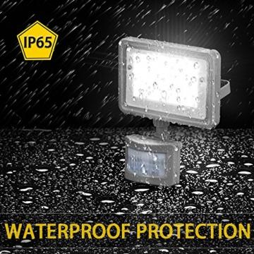 Gosun 10W Faro LED con sensore di movimento, DC12-24V, 950LM Luce Bianco Diurna 6000K Lampada esterni, luci di sicurezza con PIR, impermeabile IP65 per casa, giardino, garage, moderno floodlight - 4
