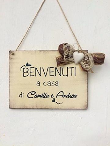 Targa in legno di benvenuto : Benvenuti a casa di. - idea regalo personalizzata - 1