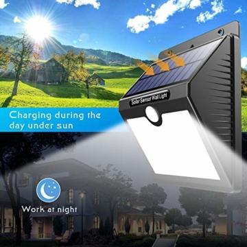 Luce Solare Led Esterno, [Super Luminoso-1000 lumen] Pxwaxpy 97 LED Lampada Solare Esterno con Sensore di Movimento 2000 mAh Luci Esterno Energia Solare Impermeabile con 3 Modalità - 4 Pezzi - 6