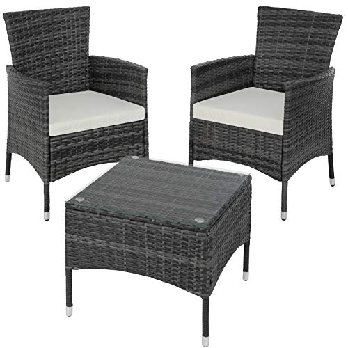 TecTake Set de giardino in poly rattan | 2 sedie e tavolino con piano in vetro | Robusto telaio in acciaio - disponibile in diversi colori - (Grigio | No. 402864) - 1
