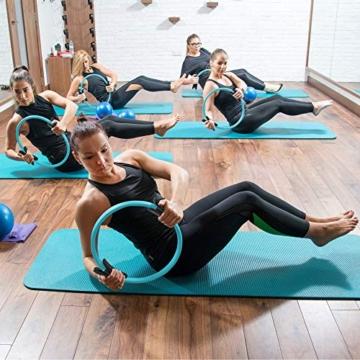 MANTRA SPORTS Ring Pilates Magic Circles – Anello Pilates per Tonificare e Sviluppare la Muscolatura di Interno e Esterno Coscia – Yoga Wheel - Attrezzi Palestra Casa con Poster e Custodia - 8