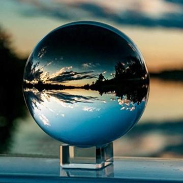 IZSUZEE K9 Sfera di Cristallo 100mm, Trasparente Lensball Palla di Vetro con Supporto, Fotografia Accessori Soprammobili Natalizi Decorazioni per La Casa, Lens Ball per Meditazione e Guarigione - 1