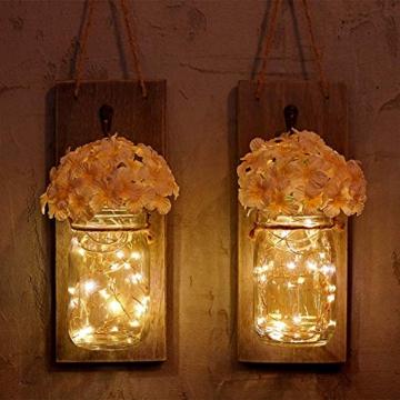Ruiuzi 2 pezzi di applique da parete Mason jar Rustico, arredamento rustico in legno d'epoca, ganci in ferro battuto, ortensie di seta e luci a strisce LED design per la decorazione domestica (Beige) - 8