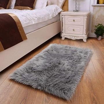 Faux pelliccia di agnello di pecora tappeto, HEQUN pelliccia sintetica decorativa Soffice Pelliccia di agnello imitazione Tappeto Longhair effetto pelliccia divano letto (Grey, 75 X 120 CM) - 4