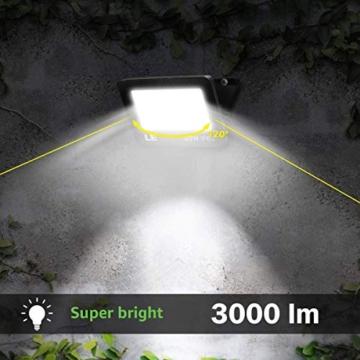 LE Faretto LED da Esterno 30W(2 Pezzi), 3000 lumen Bianco Diurno 5000K, Proiettore Faro LED da Esterno Impermeabile IP65, Luce per Giardino, Corridoio, Illuminazione Interna ed Esterna - 4