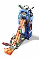 Hot Wheels- Playset Mega Garage con Pista a 2 Corsie, può Contenere fino a 35 Macchinine, Giocattolo per Bambini 4+ Anni, GWT34 - 1