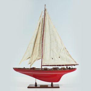 Handgefertigtes Schiffsmodell aus Holz der Shamrock (rot, segelyacht)