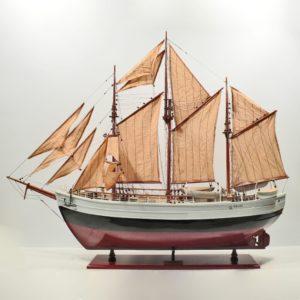 Handgefertigtes Schiffsmodell aus Holz der Fram