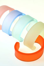 Slim frosted cuff
