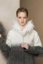 SHORT fauxfur wintercoat gray white snow
