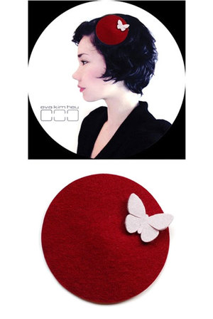 Hat Disc - Red & Butterfly Dark Red M