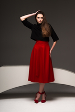 Beautiful woolen midi skirt