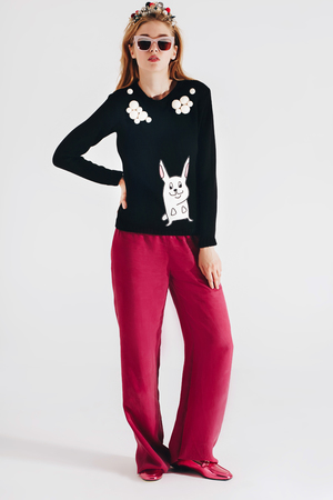 Black sweater with an embroidery RABBIT
