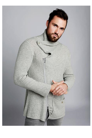 Knitted Jacket in pure cashmere