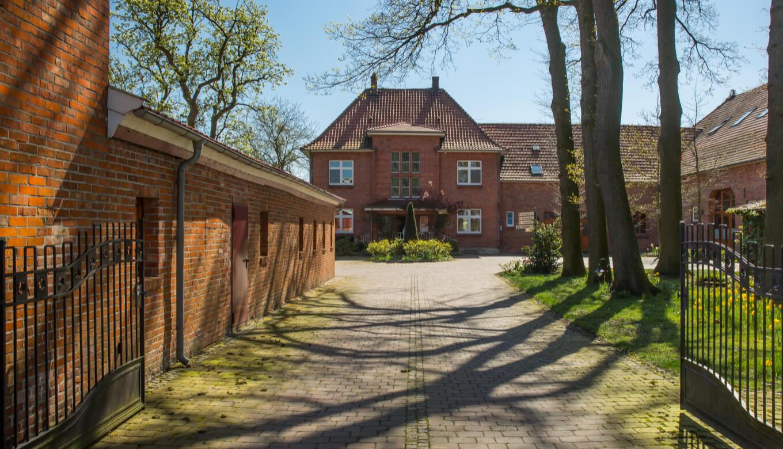 ROSENGARTEN Tierbestattung Stammhaus Badbergen