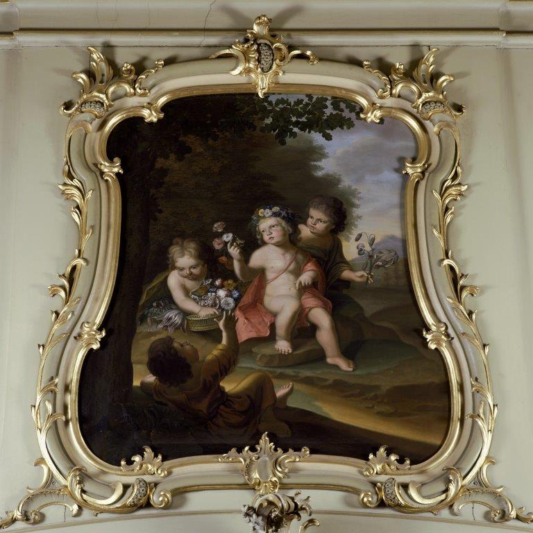 Regentenzaal - Bovendeurstuk 'lente' geschilderd 1768-1774