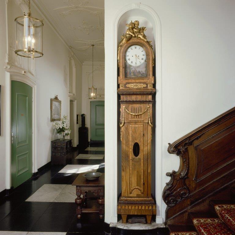 Gang - Staande klok in neoclassicistische stijl uit 1791