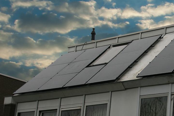 Voorburg - 10 zonnepanelen Solar Frontier