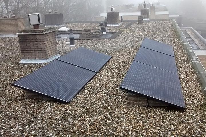 Leidschendam - 5 zonnepanelen Trina Solar