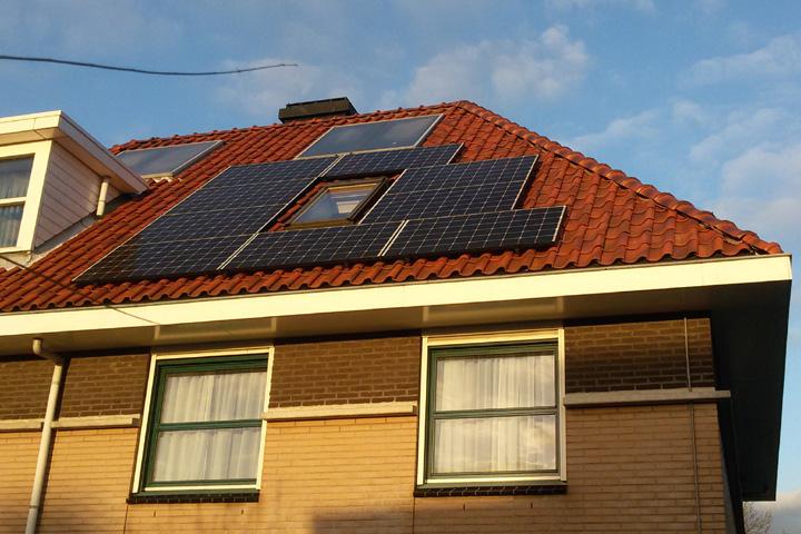 15 zonnepanelen Trina Solar Den Haag