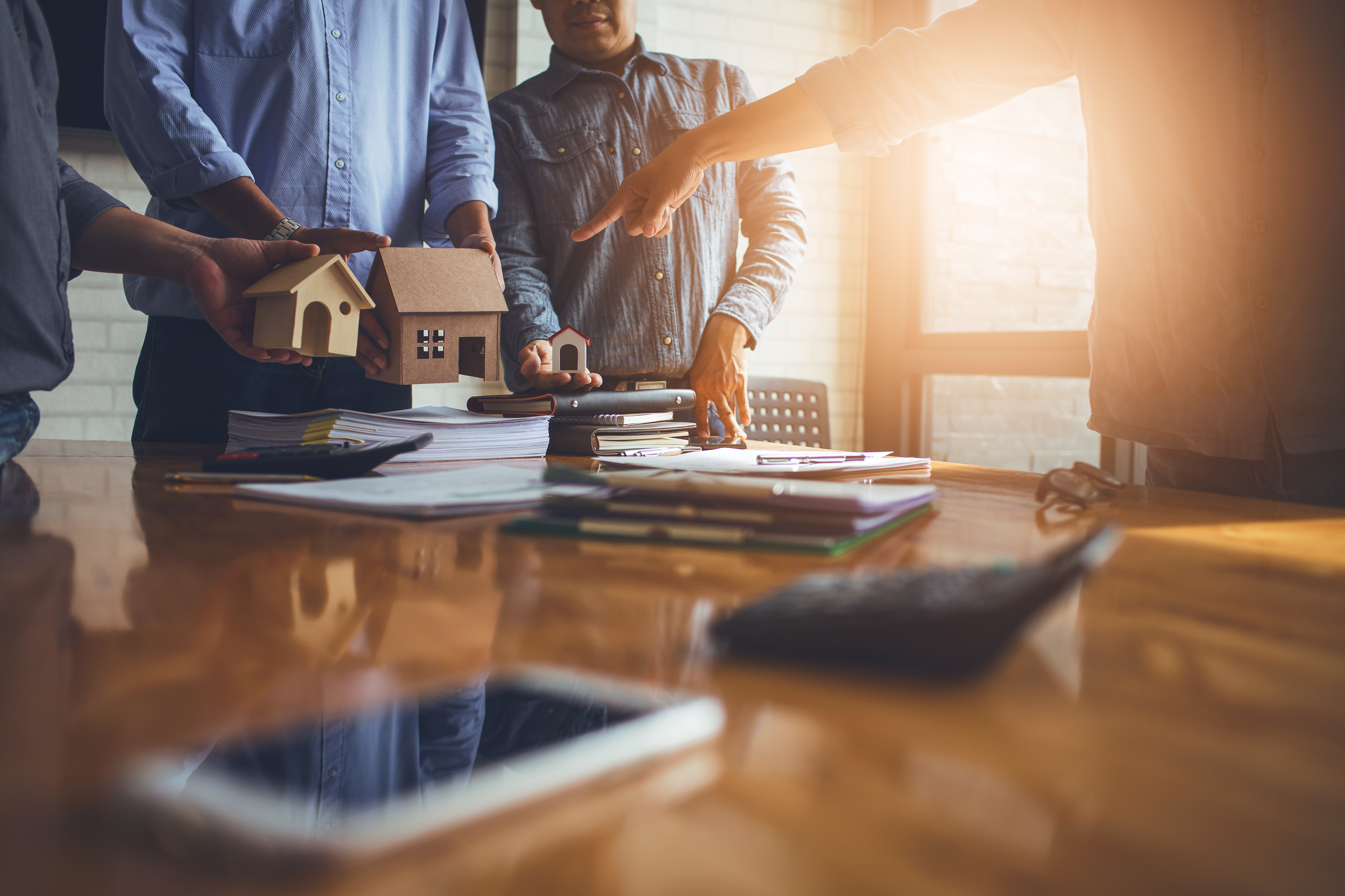 Beim Hausbau und Sanierungen sind Minuszinsen bei der Kredittilgung möglich.