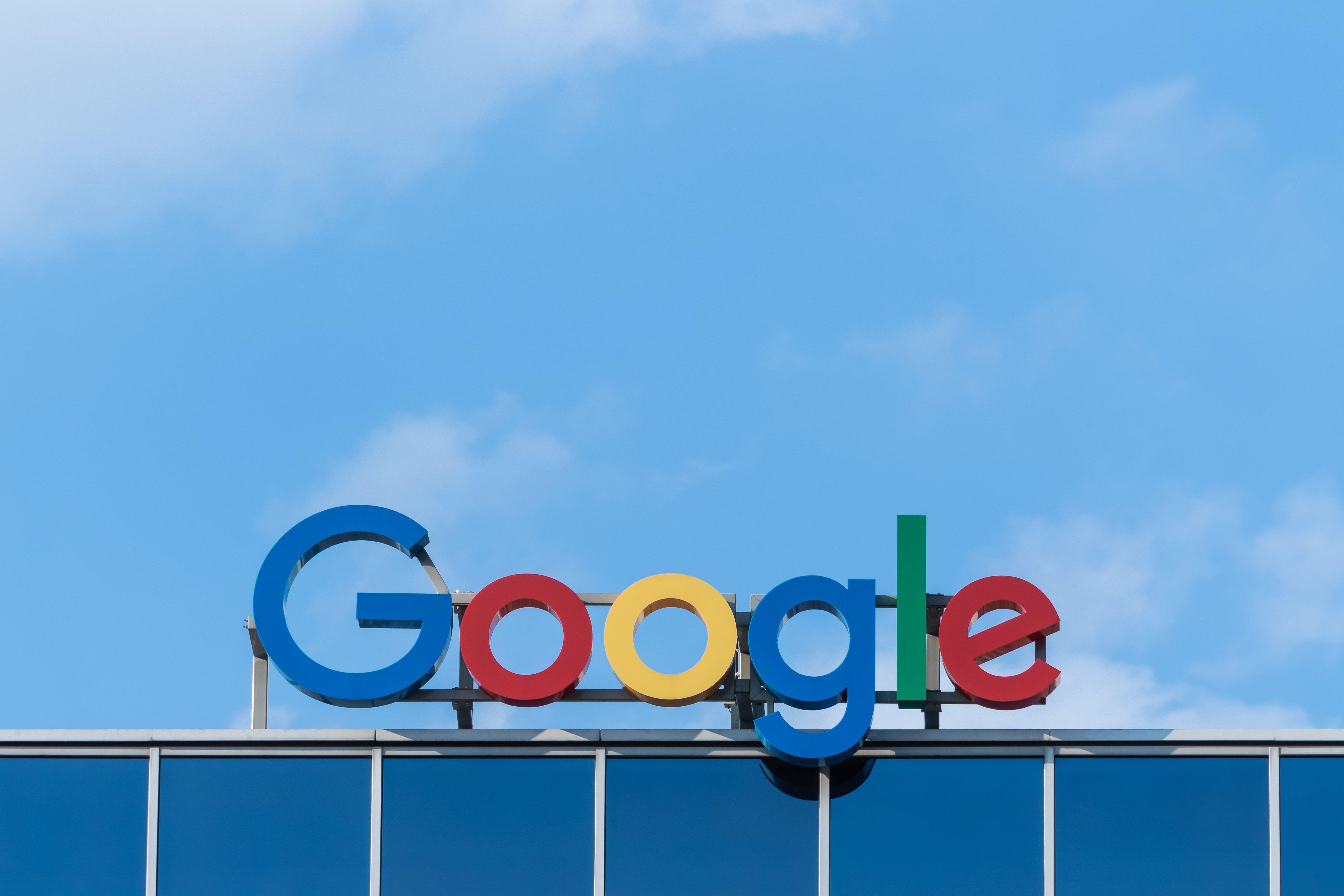 Ein Jurist verdient bei Google über 290.000 Dollar im Jahr.
