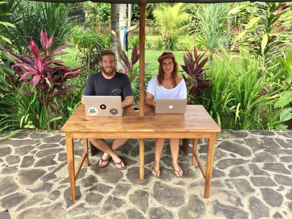 Outdoor Office in Indonesien