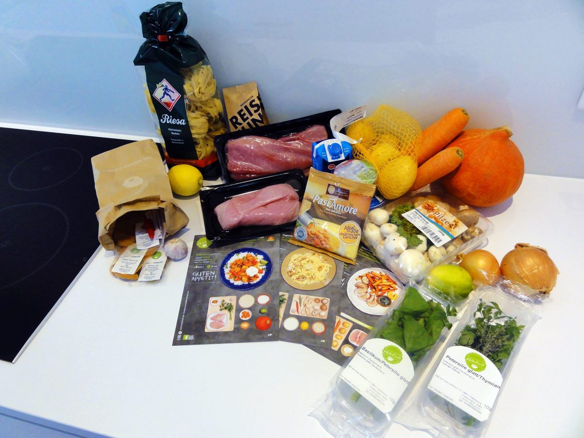 Frische Zutaten, verständliche Rezepte: Im Hello Fresh-Paket ist fast Alles zum Zubereiten eines leckeren Gerichts dabei.