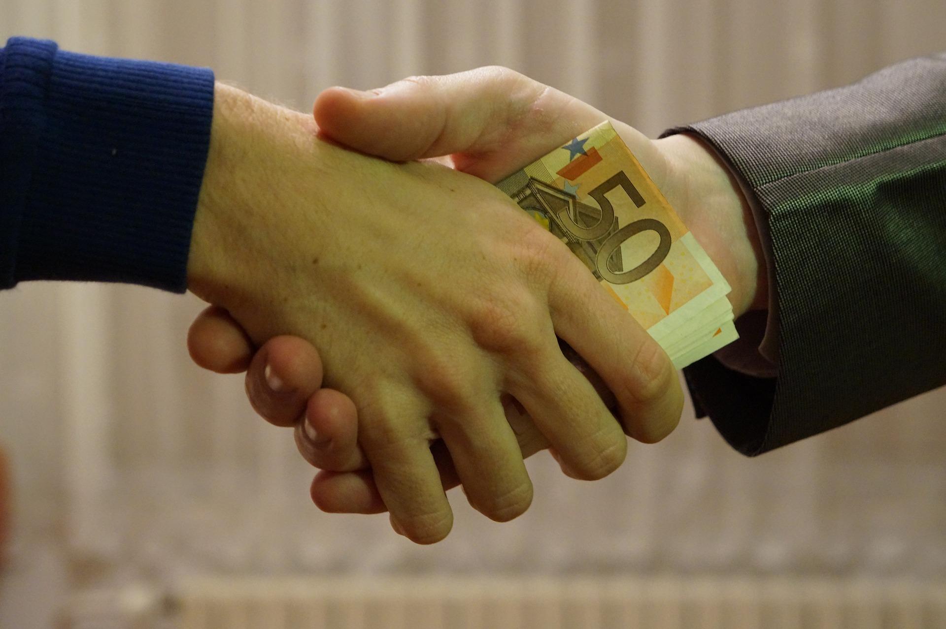 Laut dem aktuellen Quartalsbericht der Bank für Internationalen Zahlungsausgleich (BIZ) sind die Vermögenswerte privater Kredite zwischen 2010 und 2018 von 300 Milliarden auf 800 Milliarden Dollar gewachsen.