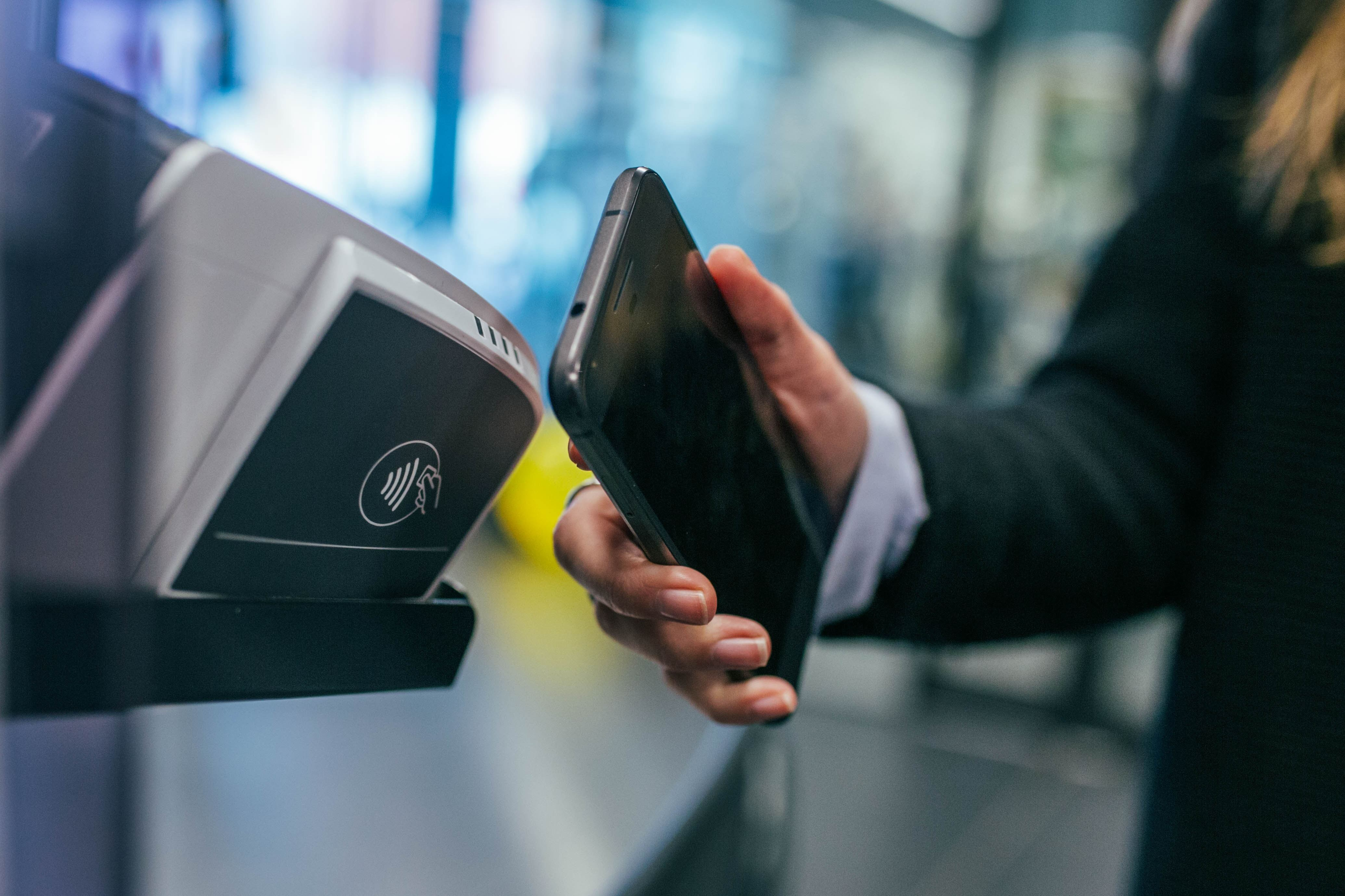 Fintechs ermöglichen es dir, Zahlungen von überall zu jeder Zeit zu tätigen