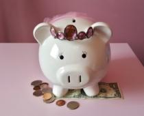 Piggy bank 1446874 1920