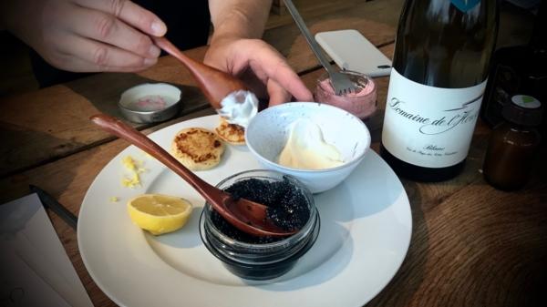 Kaviar und Blini I